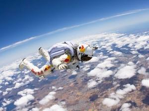 felix-baumgartner-stratos